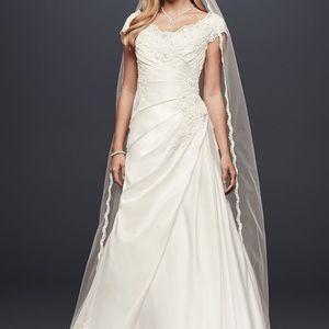David's Bridal Cap Sleeve Satin Wedding Dress 12